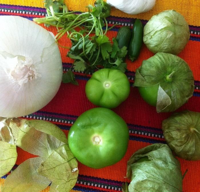 Ingredientes para hacer Salsa verde.